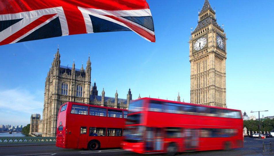 AEXALEVI viaja a Londres